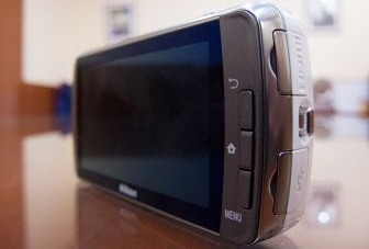 Nikon CoolPix S800c (Android OS) Review
