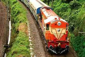 RailRadar: Now track location of 6,500 trains on real-time basis