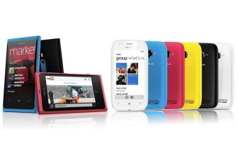 Nokia unveils its first Windows Phones, Lumia 800 and 710